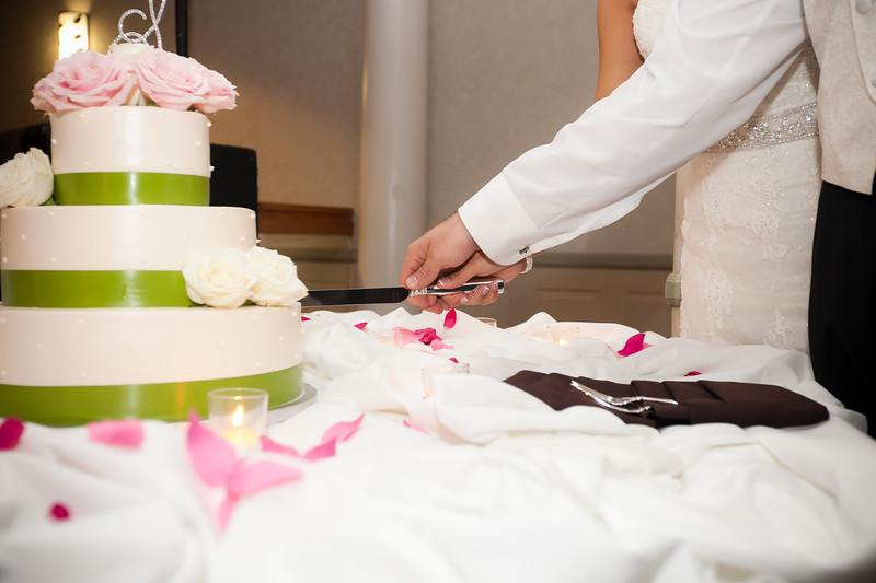 0733-111022-lindsay-joey-wedding-©8twenty8_Studios