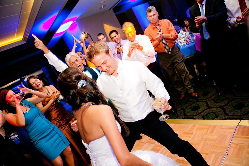 0745-110618_monica-jon-wedding-©8twenty8_Studios