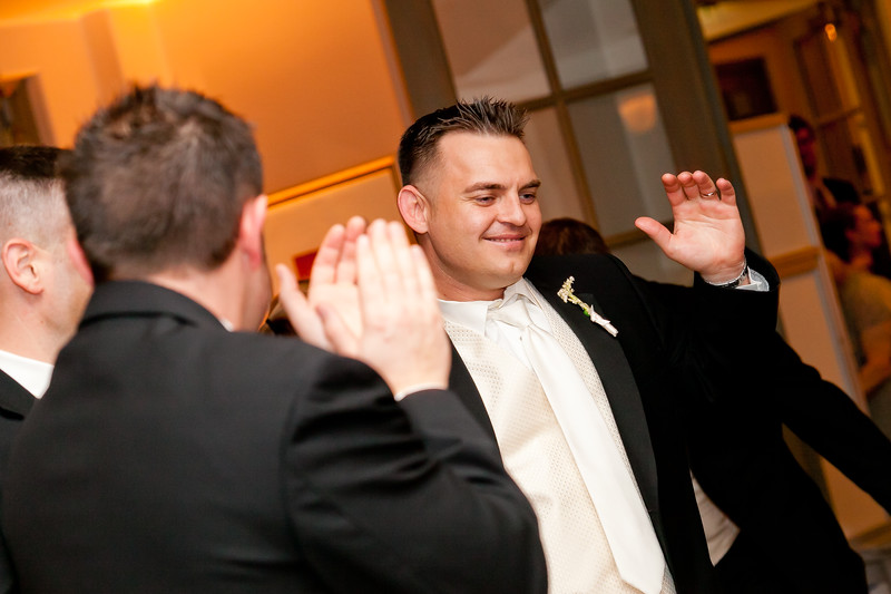 0708-111112-sharon-john-wedding-©8twenty8_Studios