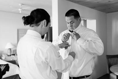 0076-111029-veronica-enrique-wedding-©8twenty8_Studios