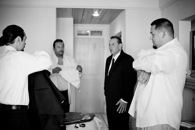 0061-111029-veronica-enrique-wedding-©8twenty8_Studios