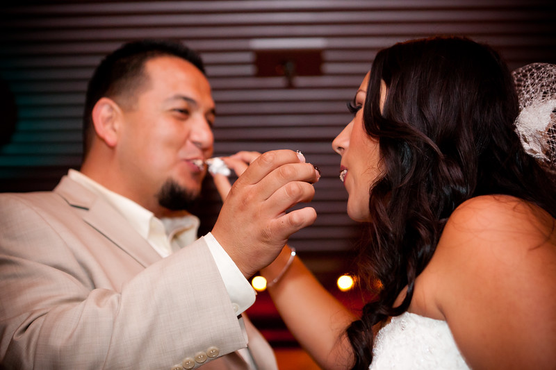 0717-111029-veronica-enrique-wedding-©8twenty8_Studios