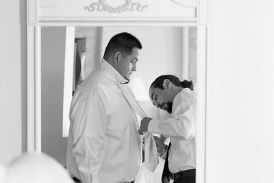 0080-111029-veronica-enrique-wedding-©8twenty8_Studios