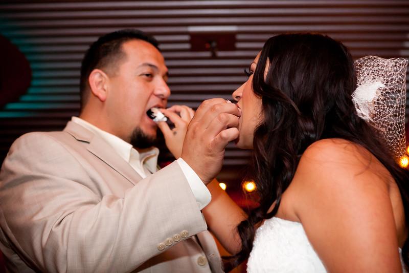 0716-111029-veronica-enrique-wedding-©8twenty8_Studios