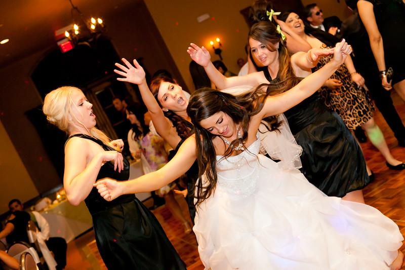 0713-120519-caitlin-jesse-wedding-©8twenty8-Studios