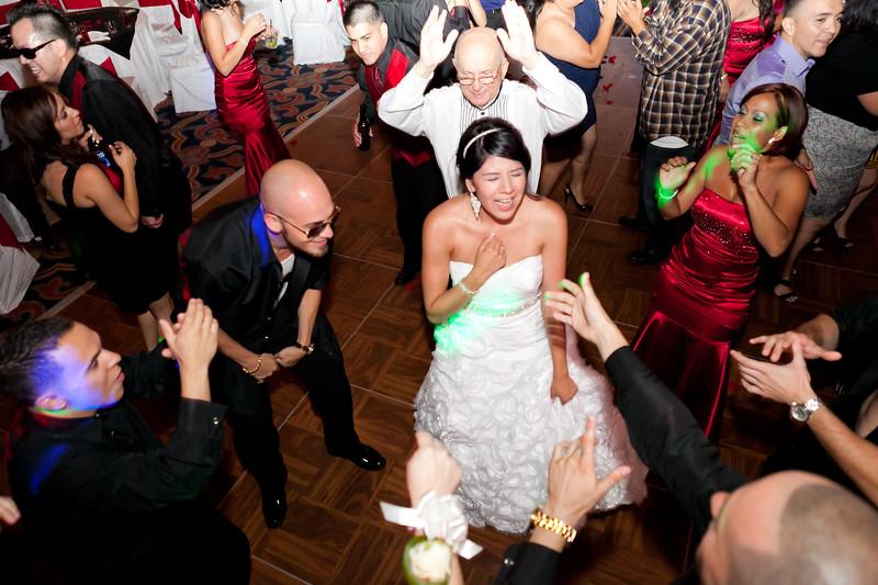 0708-120623-crystal-danny-wedding-©8twenty8-Studios