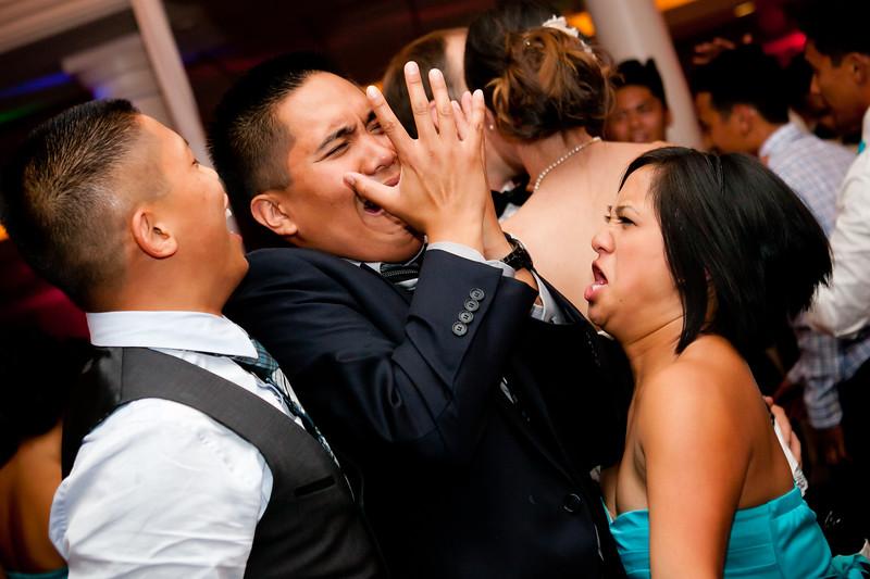 0733-120708-louella-michael-wedding-©8twenty8-Studios