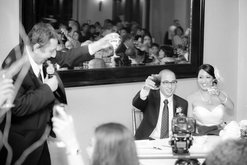 0708-120428-suzie-mark-wedding-©8twenty8-Studios