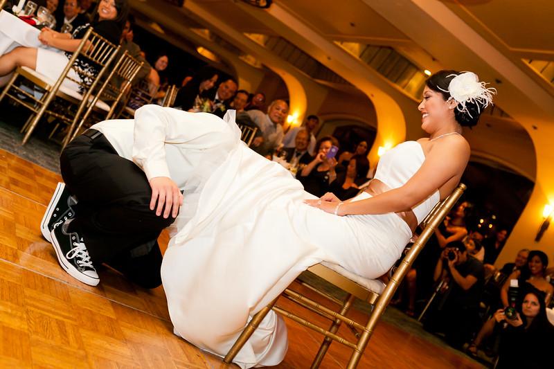 0745-120428-suzie-mark-wedding-©8twenty8-Studios