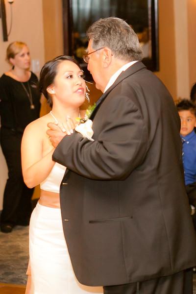 0711-120428-suzie-mark-wedding-©8twenty8-Studios