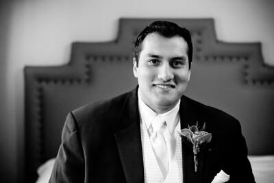 0064-120929-krista-raza-wedding-©8twenty8-Studios