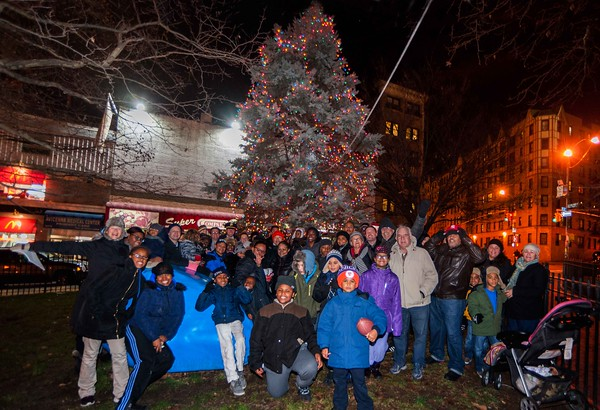 Montefiore Park Holiday Tree Lighting