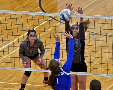 Alma beat Gladwin in four games in the MHSAA Region 16B volleyball semi-final at Big Rapids Tuesday, Nov. 7, 2017. (Sun photo gallery by Skip Traynor)