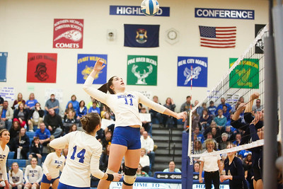 Beal City plays Hemlock for the District Title Friday, Nov. 2, 2018. Beal City advanced after sweeping Hemlock in three games.  (PHOTOS BY KEN KADWELL--FOR MORNINGSUN.COM).