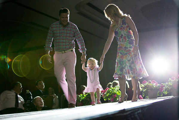 Photos from the 2014 Holy Name Medical Center MS Center Fashion Fling at the Glenpointe Marriott in Teaneck NJ. 4/27/14. Photo by Victoria Matthews/Holy Name Medical Center.