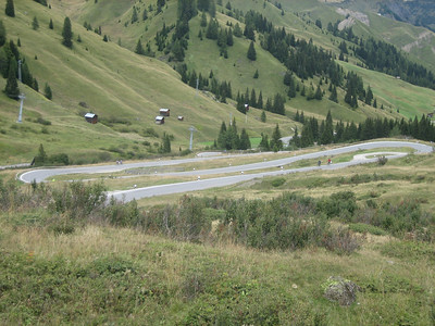 Stage 1: The descent down Passo Campolongo.