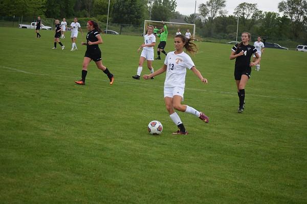 MS - Mt. Pleasant soccer hosts St.  Johns