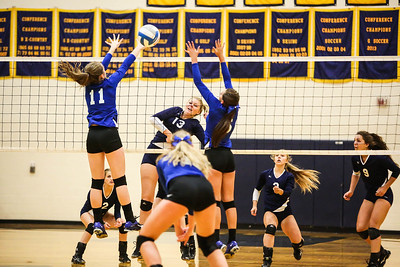 Mount Pleasant hosts a tri-meet with Beal City, St. Louis and Mt. Pleasant Tuesday, Sept. 6, 2017. (PHOTOS BY KEN KADWELL--FOR MORNINGSUN.COM)
