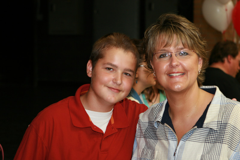 060807_MiddleSchoolGraduation_1201