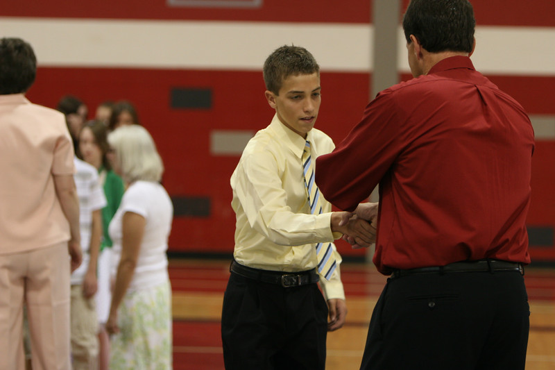 060807_MiddleSchoolGraduation_604