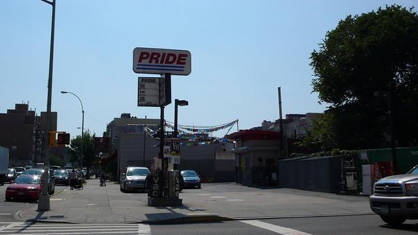 Pride Williamsburg