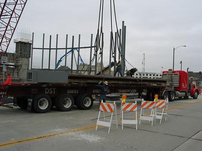 2003-11-5,8: MSOE Kern Center Construction