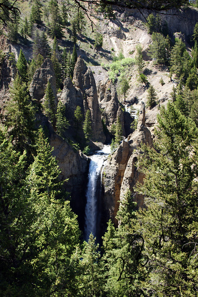Photo By Bob Bodnar.....................................Tower Falls, Yellowstone National Park