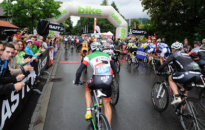 Start of the 2012 CRAFT BIKE TRANSALP  First stage leads over 97.80 km and 2,215 meters in elevation from Oberammergau, Germany, to Imst, Austria  © Craft Bike Transalp/Peter Musch