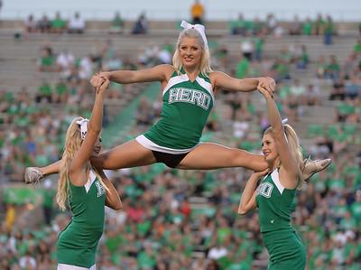 cheerleaders2415