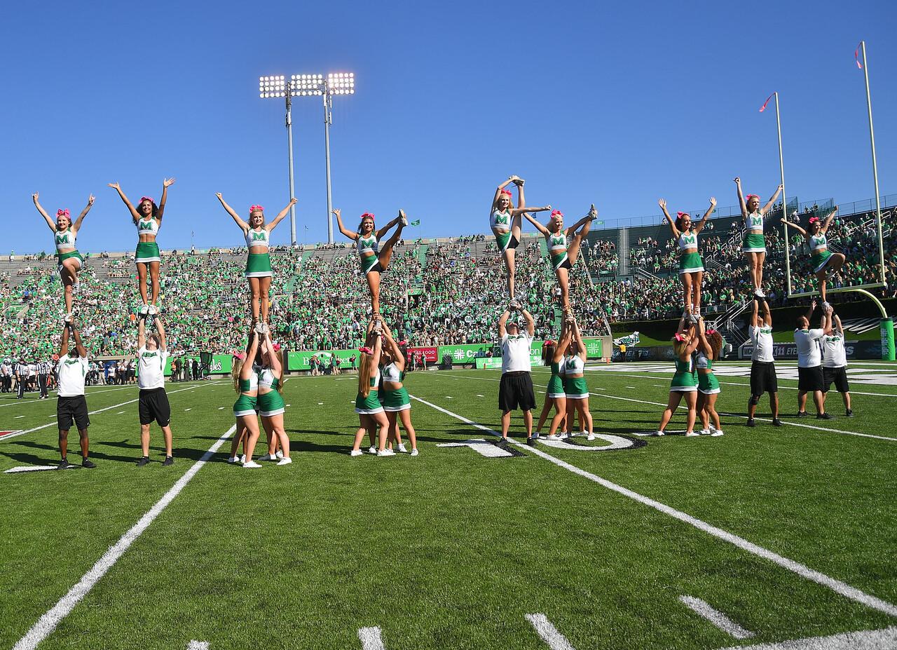 cheerleaders0608