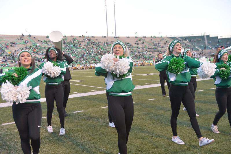 cheerleaders7814