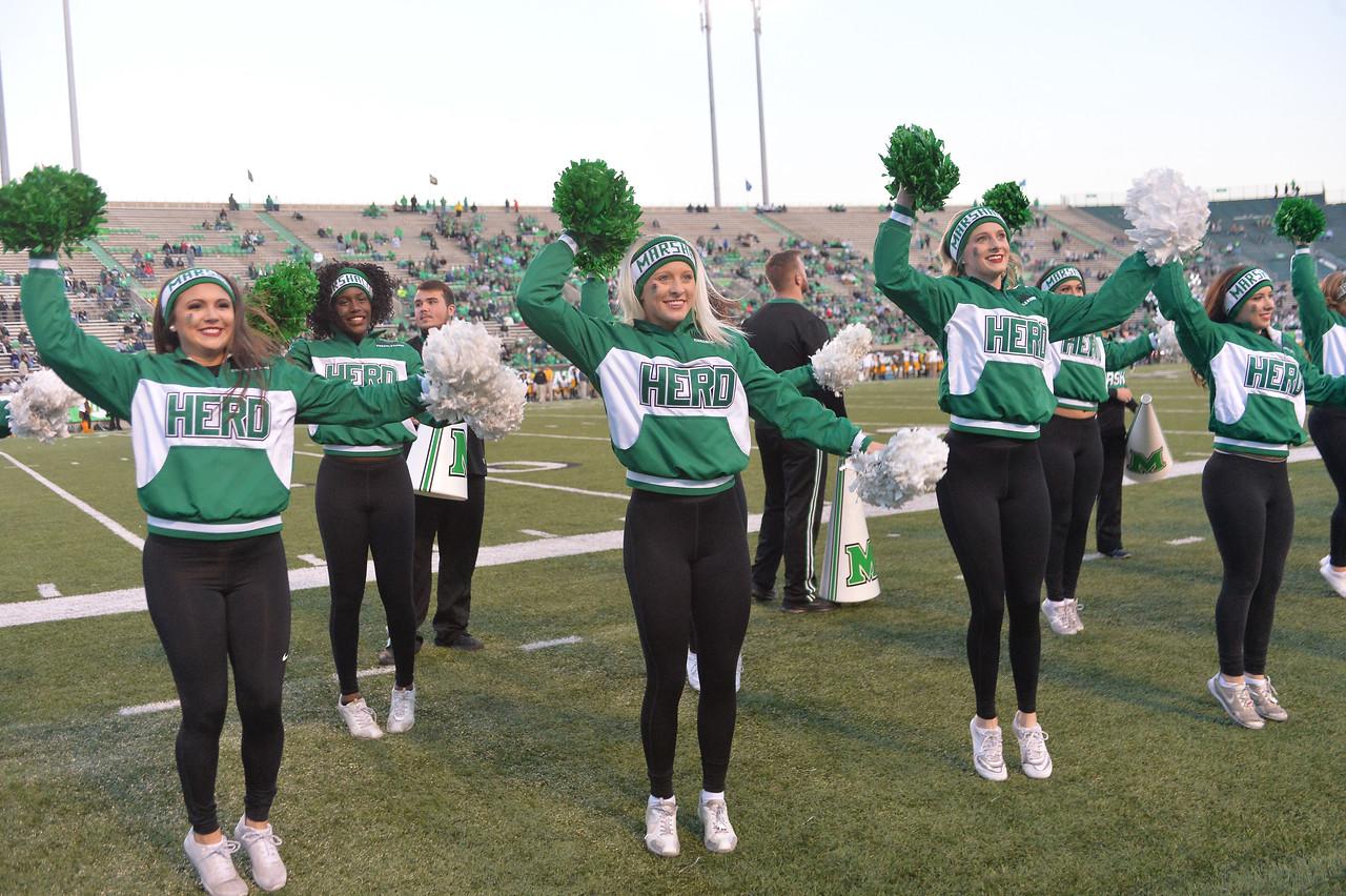 cheerleaders7806