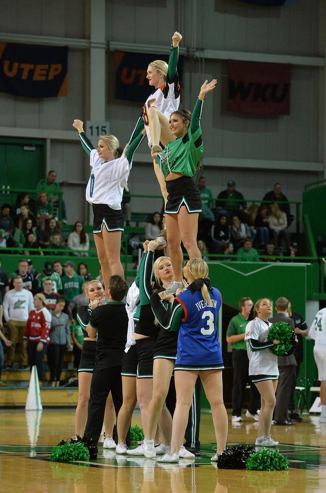 cheerleaders1684