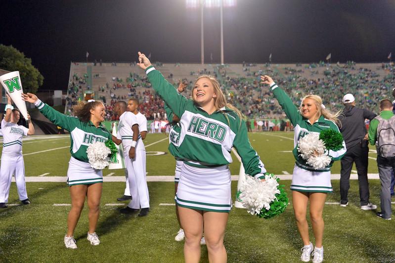 cheerleaders2721