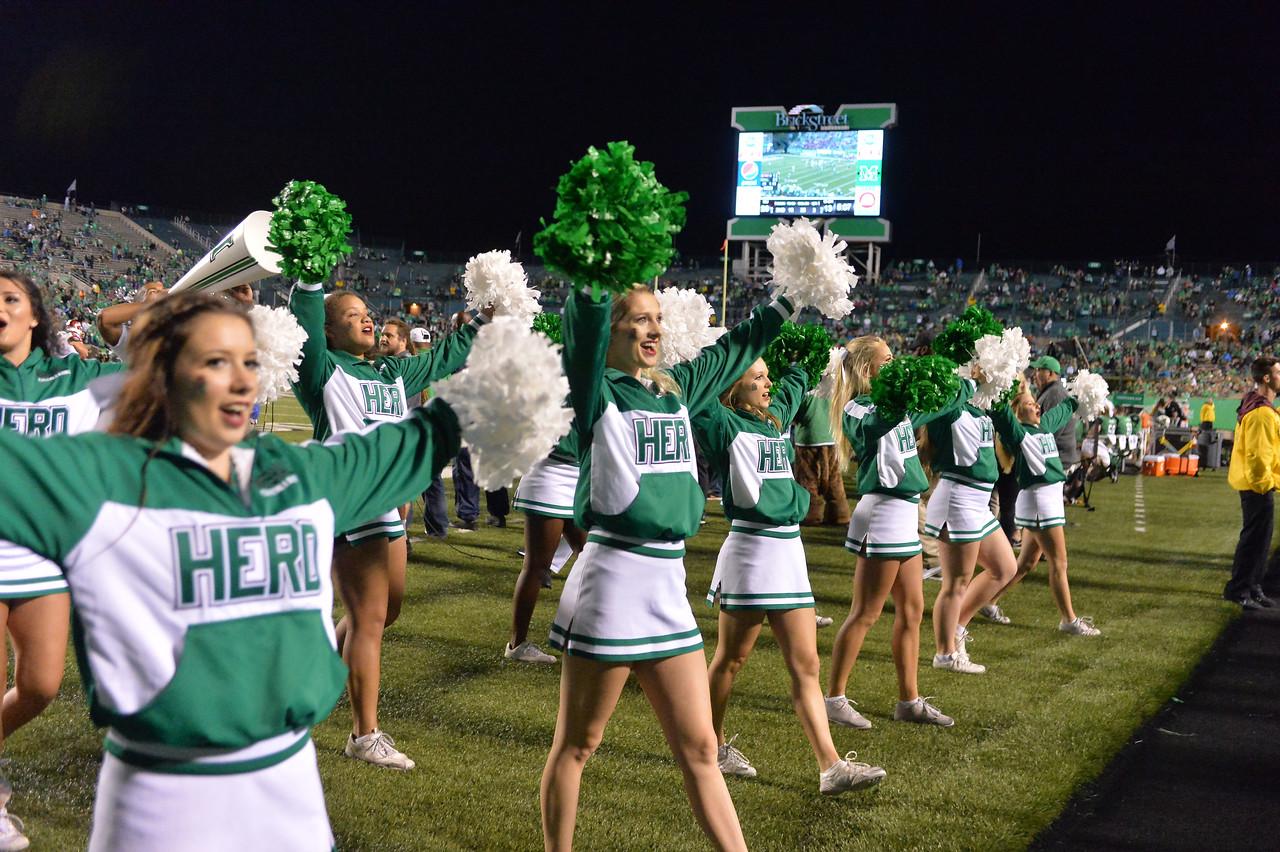 cheerleaders2709