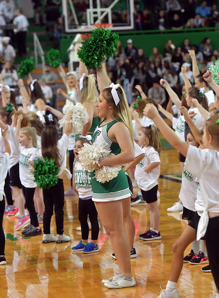 cheerleaders0141