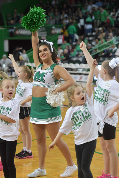 cheerleaders0132