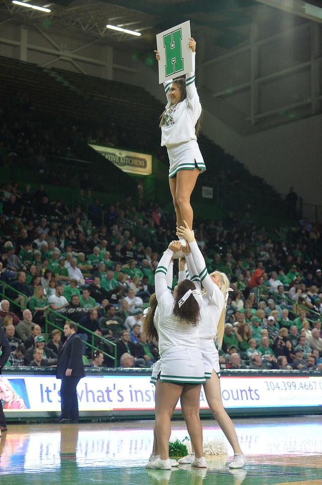 cheerleaders3015