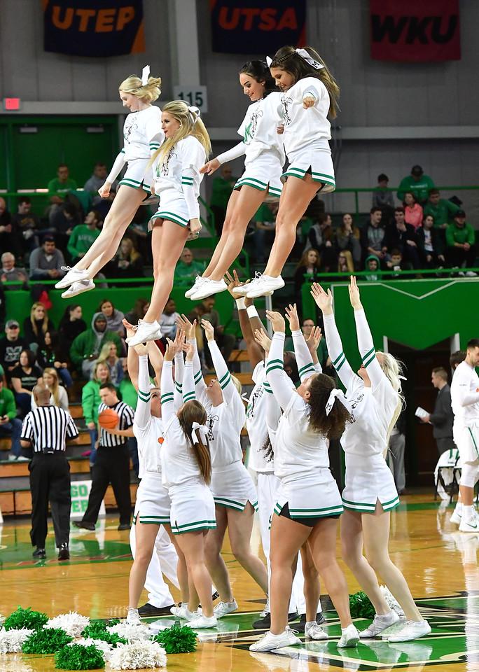 cheerleaders1199