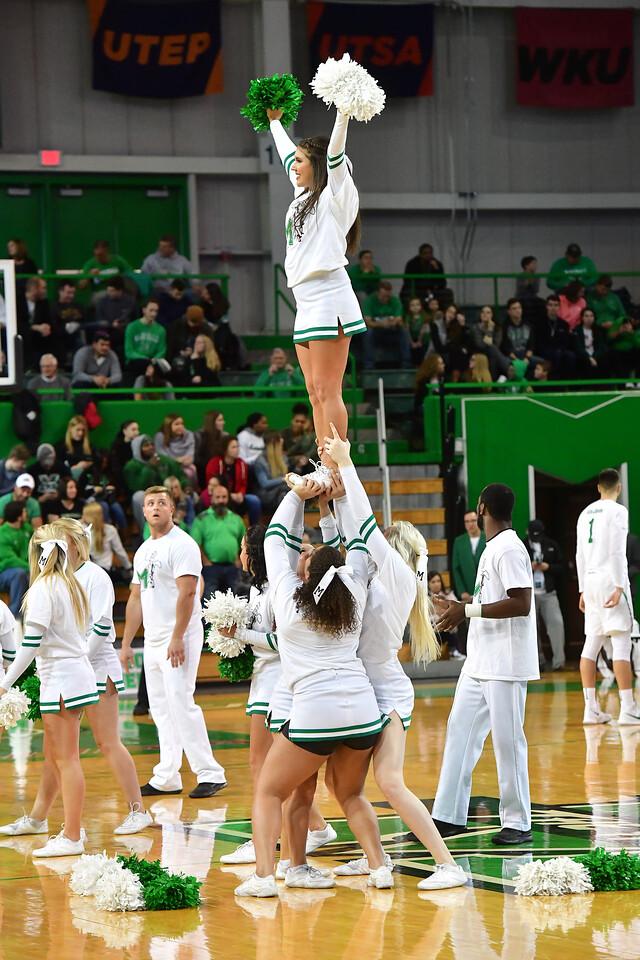 cheerleaders1206