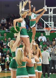 cheerleaders2004