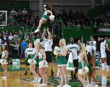 cheerleaders1803