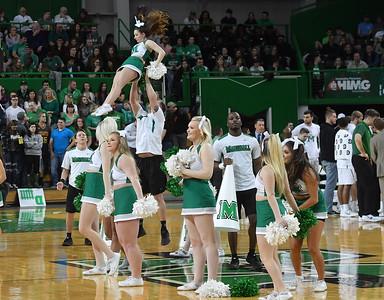 cheerleaders1804