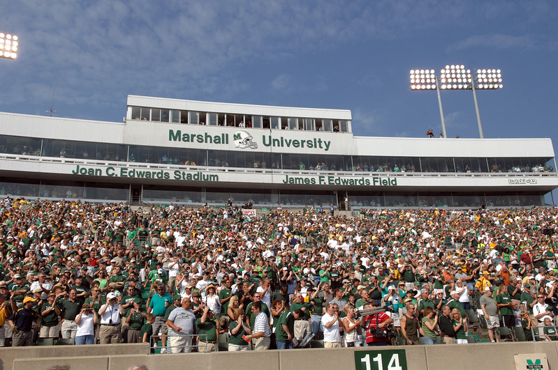 crowd8184