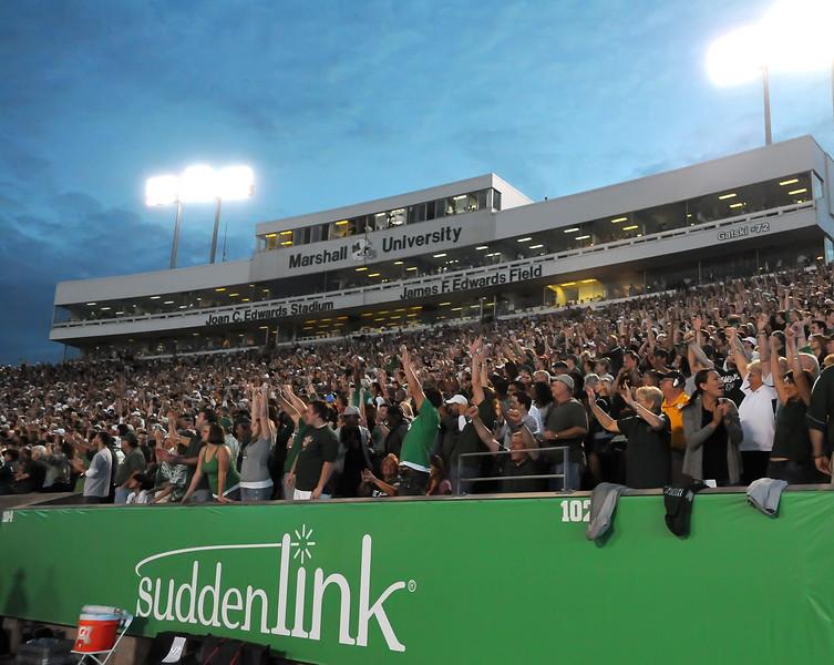 crowd5179