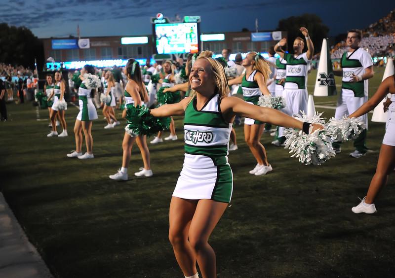 cheerleaders5295
