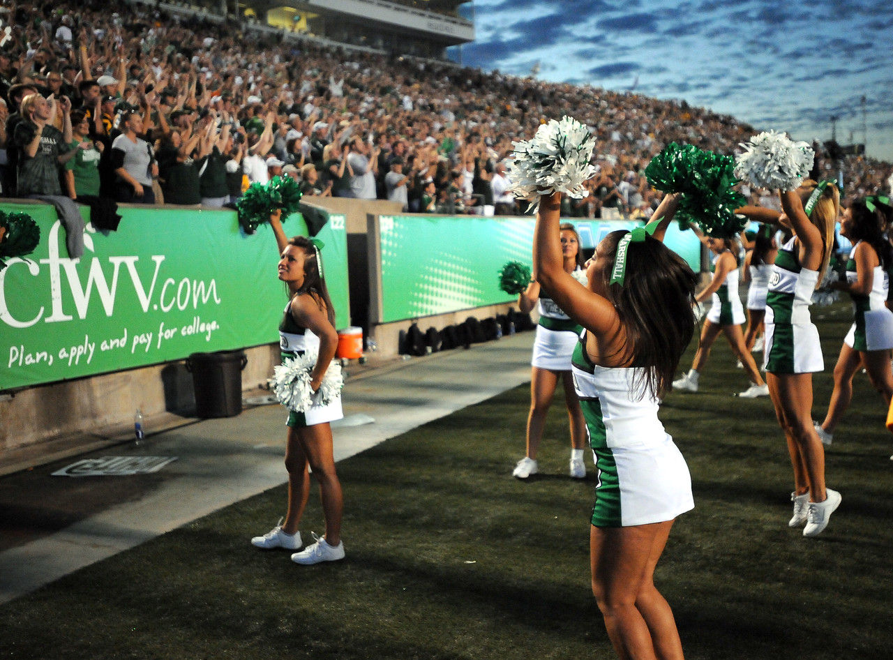 cheerleaders5272