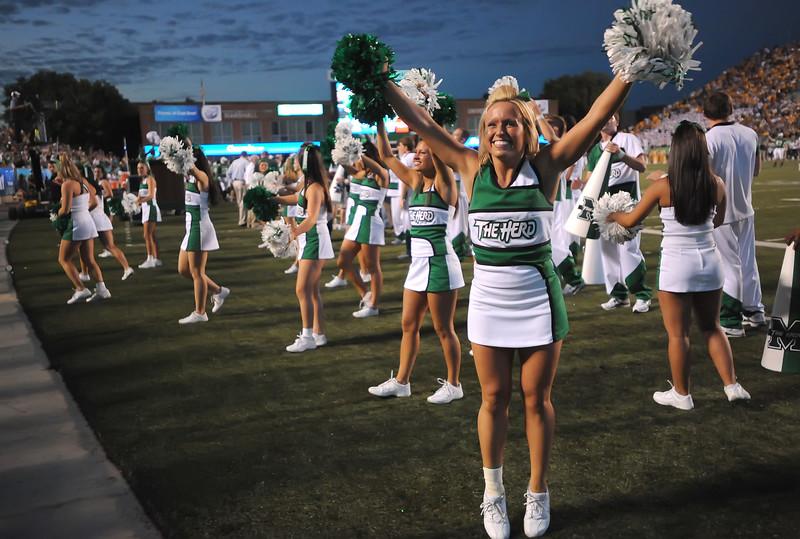 cheerleaders5284