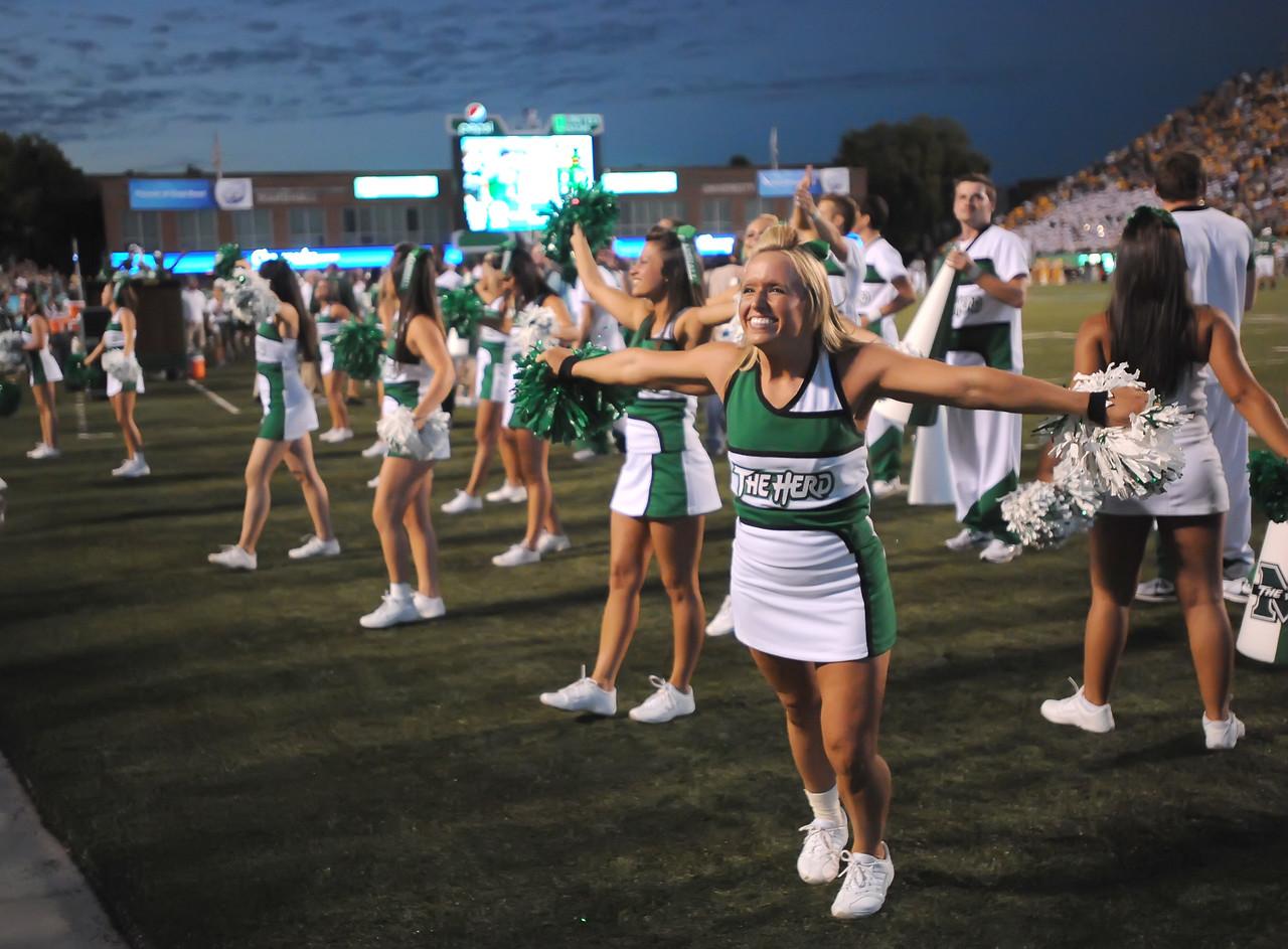 cheerleaders5285