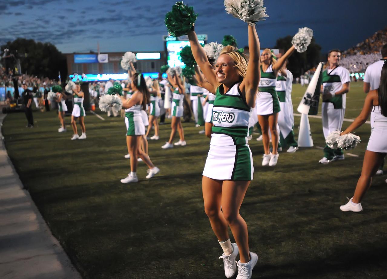 cheerleaders5289